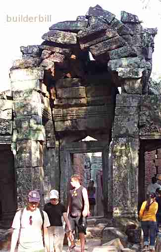 an arch on the point of collapse in Angkor Thom