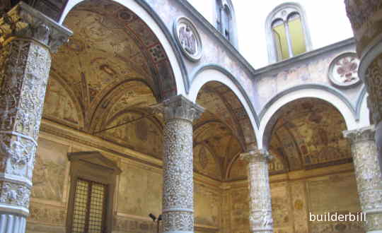 an arcade in Florence using semicircular arches