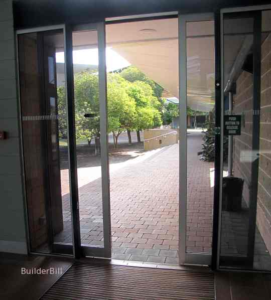 aluminium and glass auto doors
