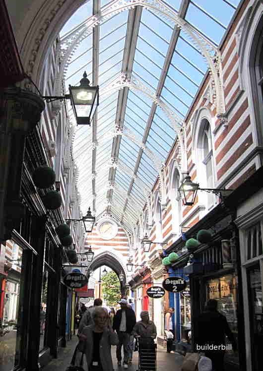 An arcade roof in Hull