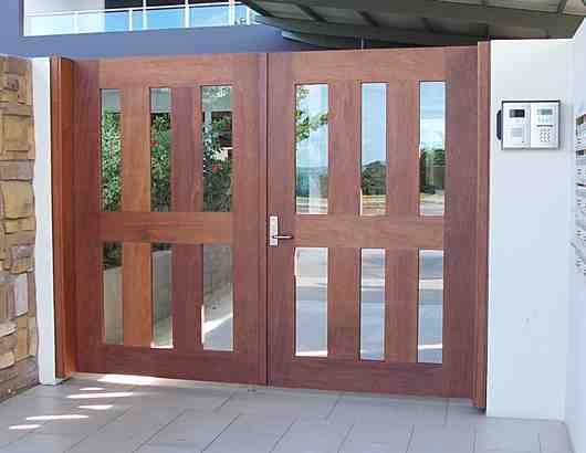 Hardwood entrance gates