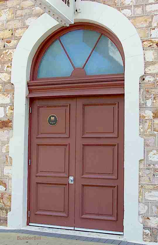 Double doors with fanlight
