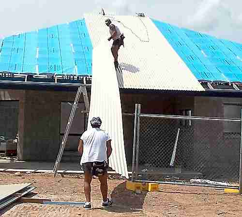 Fixing colorbond corrugated zincalume roof sheeting