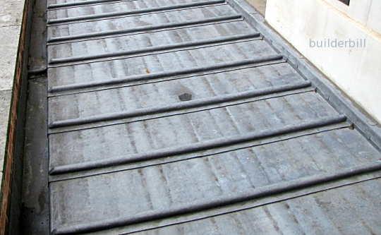 Small flat lrad roof