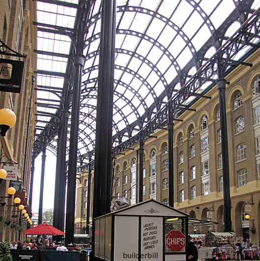 Hays Galleria on the Thames