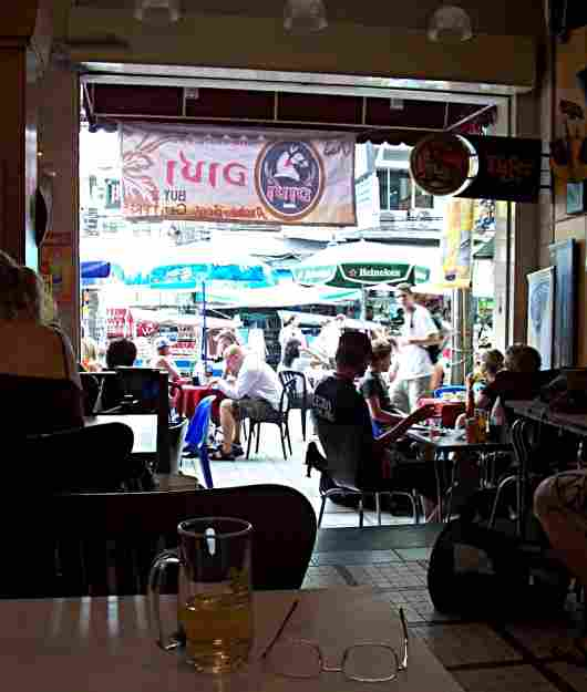 Khao san road cafe