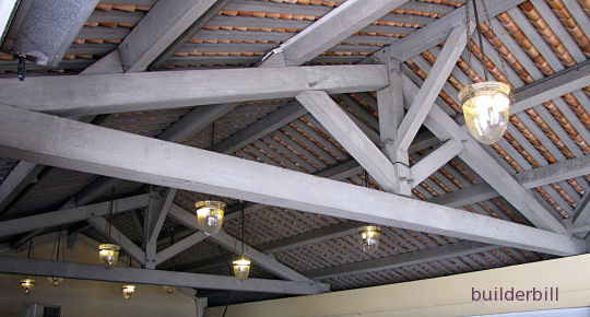 king post truss in Singapore