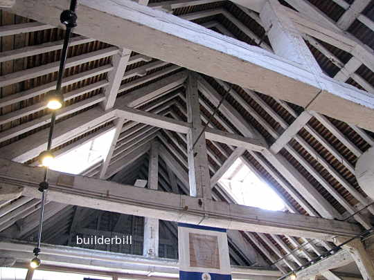 a king post truss variation