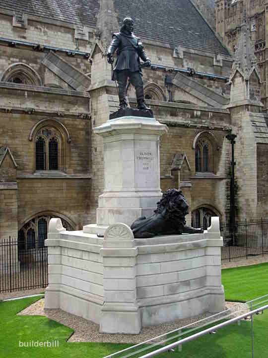 the oliver cromwell monument