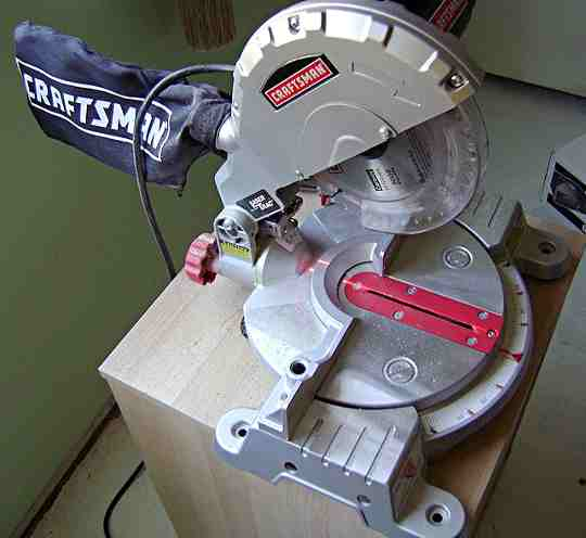 Another small power miter saw