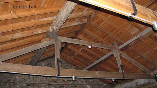 a simple queen post roof truss