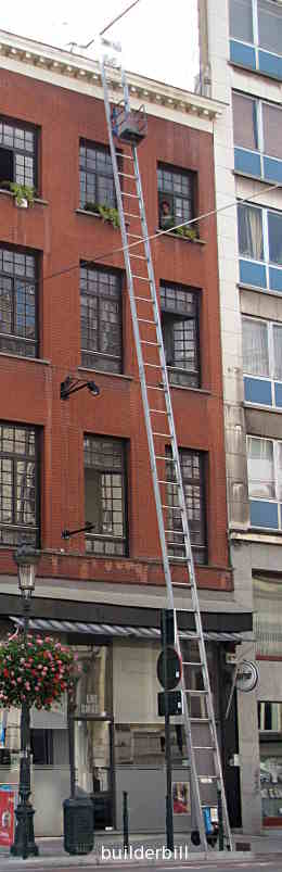 a small ladder hoist