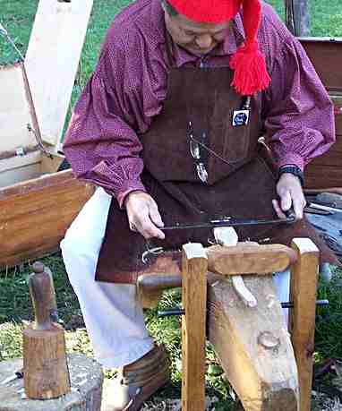 Making a wooden spoon with a drawknife