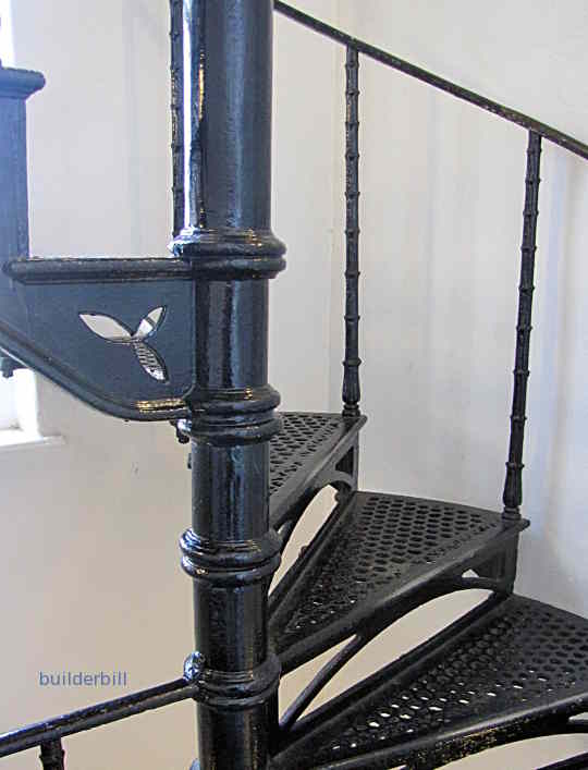 a newel to a spiral stair