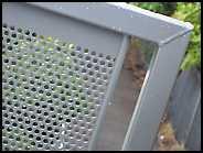 detalhe do corrimão de alumínio