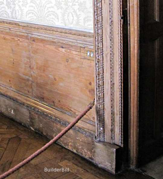 wainscot panelling
