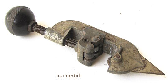 a small pipe cutter