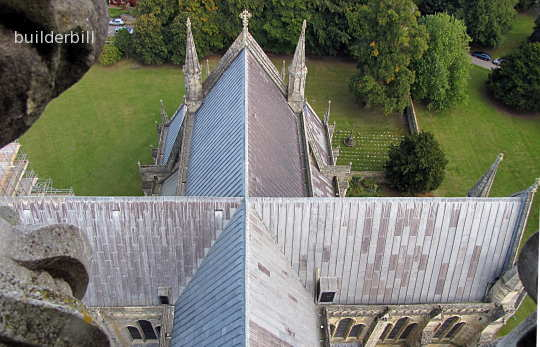 crossed roof rodges