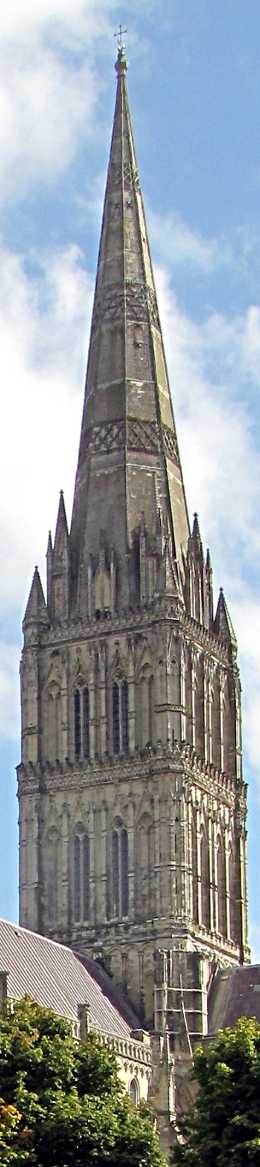 the stone spire of salisbury cathedral