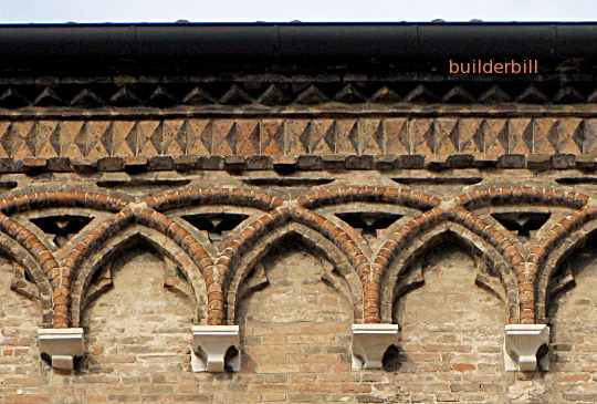 arches to support roof overhangs. feature brickwork in Venice